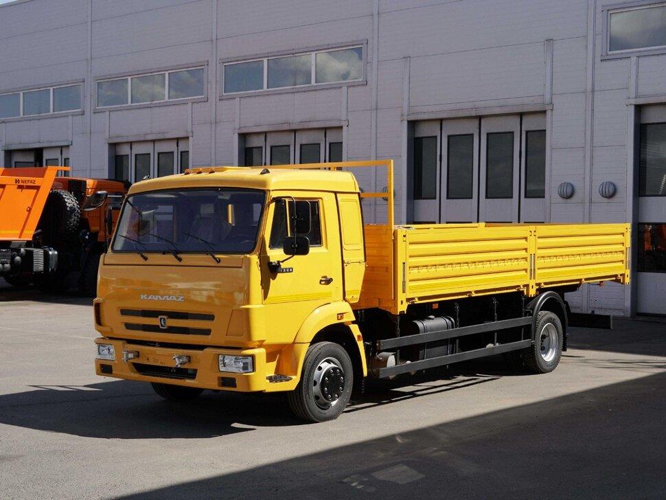 Бортовой КамАЗ 4308, 2018, желтый фото 3