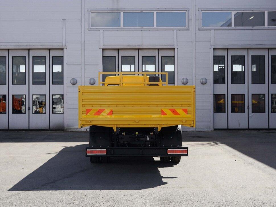 Бортовой КамАЗ 4308, 2018, желтый фото 8