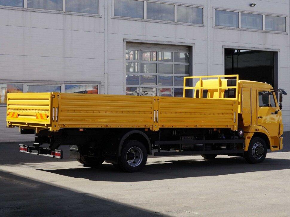 Бортовой КамАЗ 4308, 2018, желтый фото 6