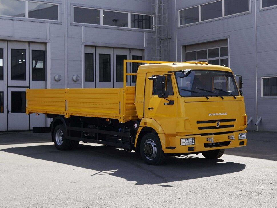 Бортовой КамАЗ 4308, 2018, желтый фото 2