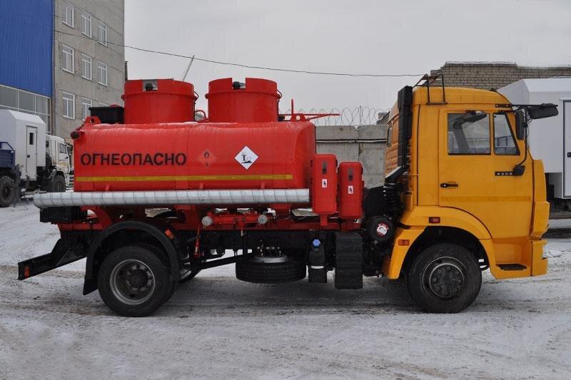 Автотопливозаправщик КамАЗ 4308, 2016, желтый фото 2
