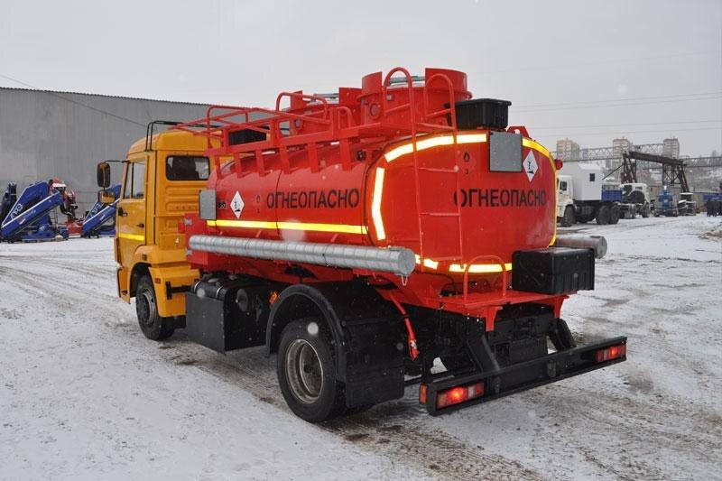 Автотопливозаправщик КамАЗ 4308, 2016, желтый фото 4