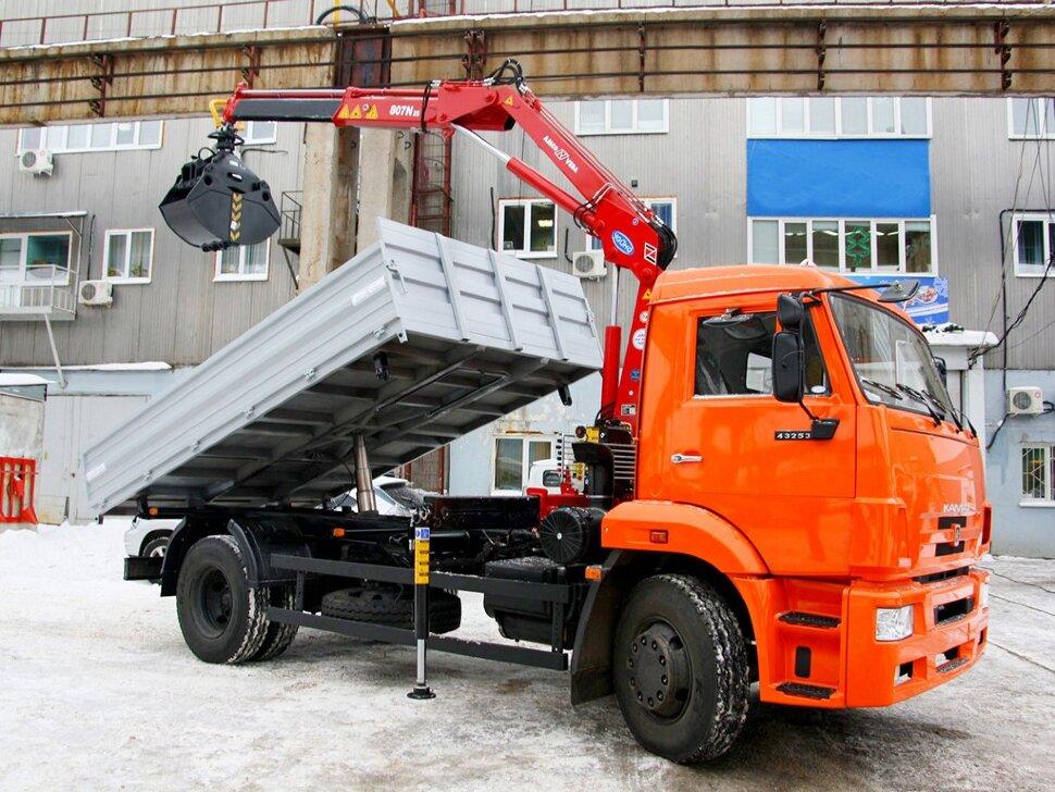 Бортовой КамАЗ 43253 с ГМУ, 2016, оранжевый фото 0