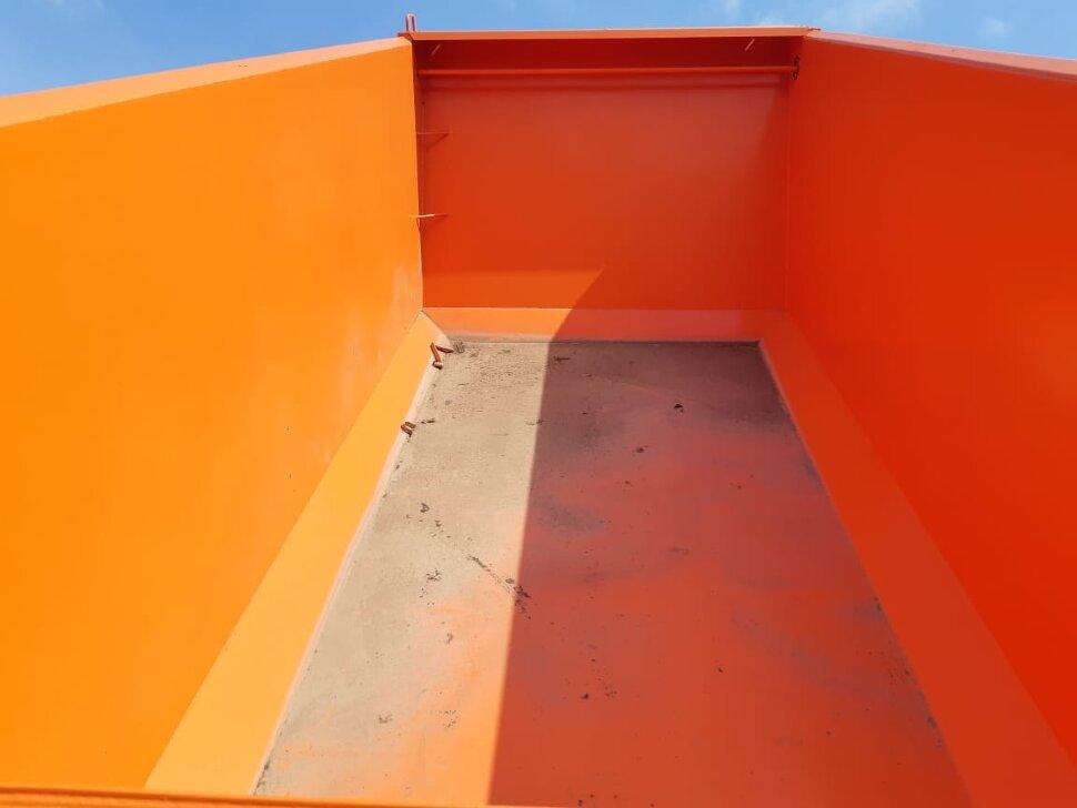 Самосвал КамАЗ 6520, 2017, оранжевый