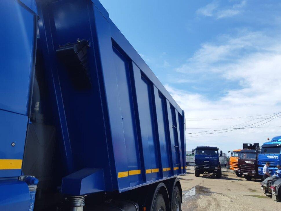 Самосвал КамАЗ 6520, 2017 г, синий фото 10
