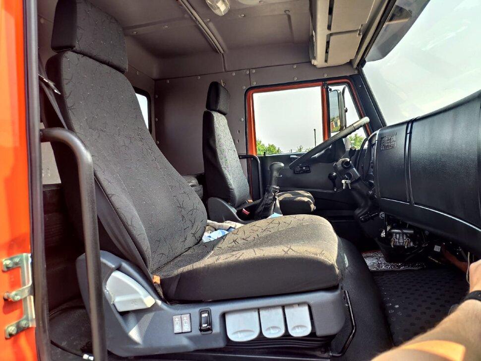 Седельный тягач КамАЗ 65221, 2011, оранжевый фото 6