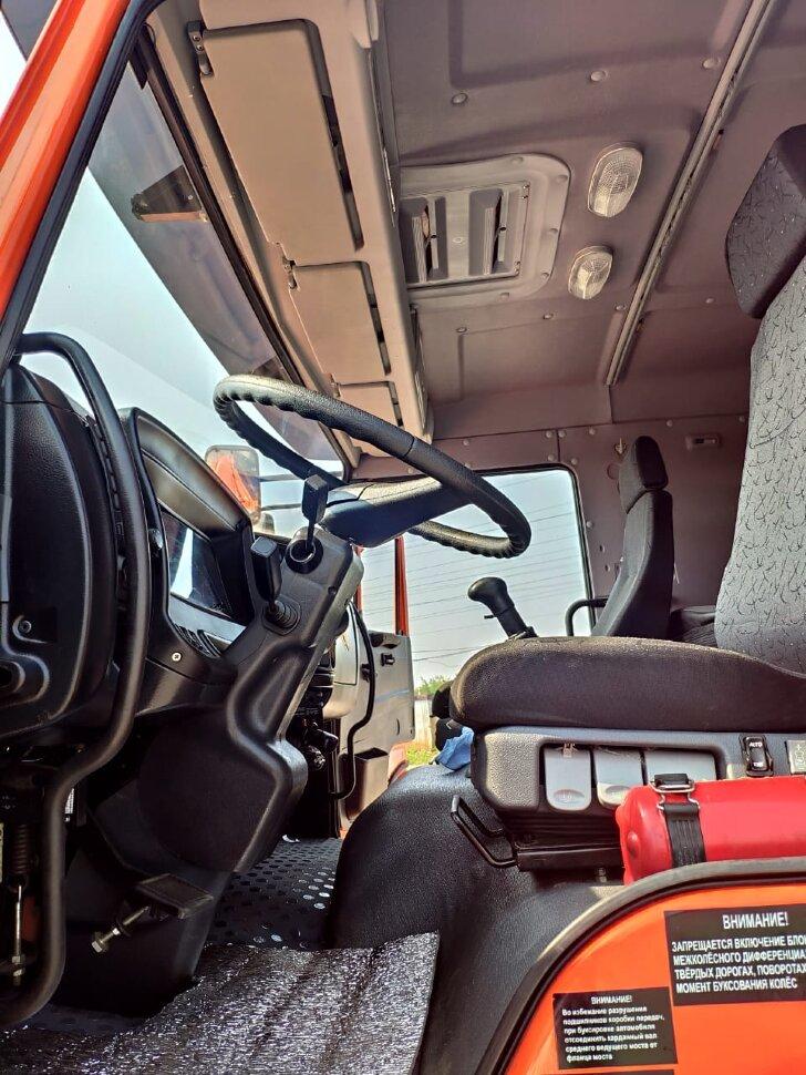 Седельный тягач КамАЗ 65221, 2011, оранжевый фото 12