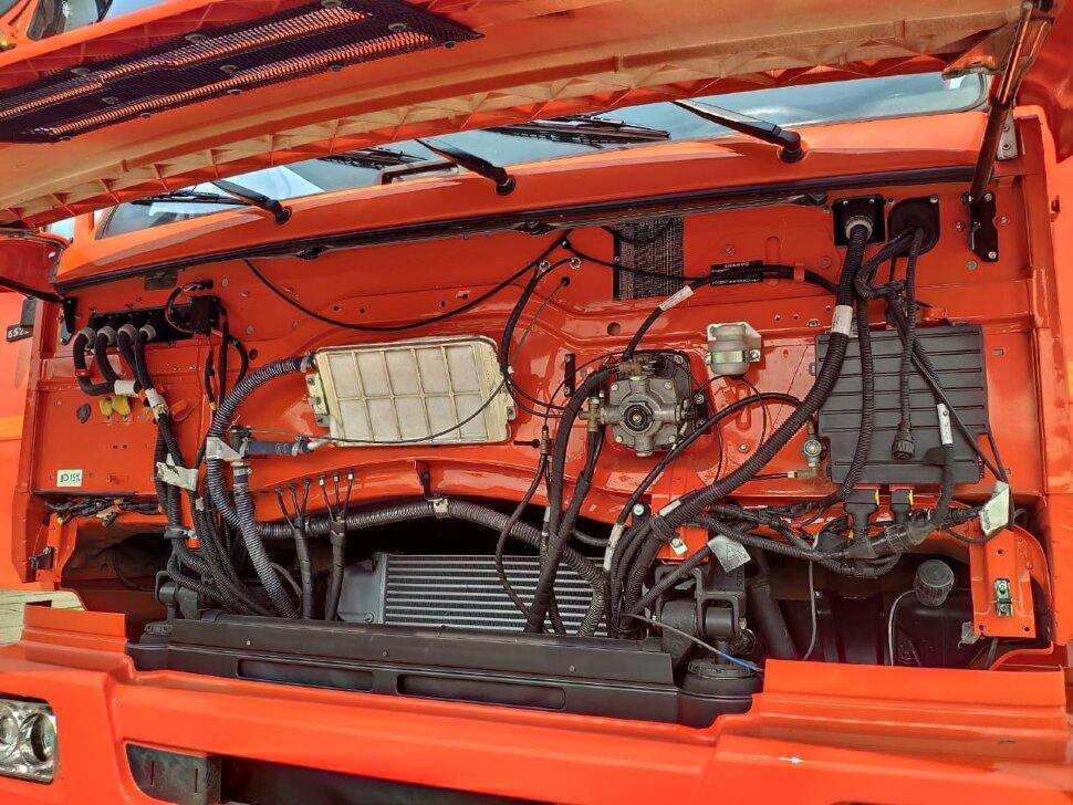 Седельный тягач КамАЗ 65221, 2011, оранжевый фото 13