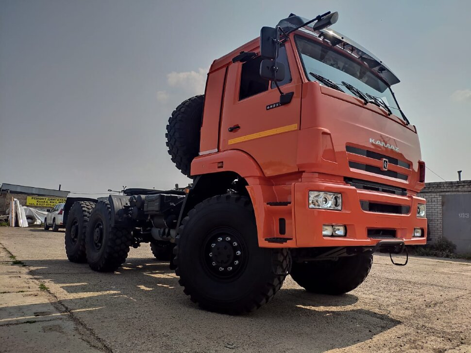 Седельный тягач КамАЗ 65221, 2011, оранжевый фото 5