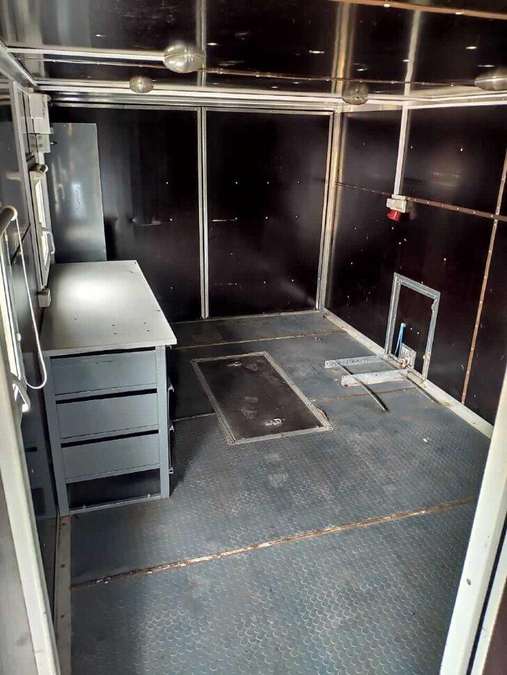 Автомастерская на шасси КамАЗ 43118, 2013, оранжевый фото 24
