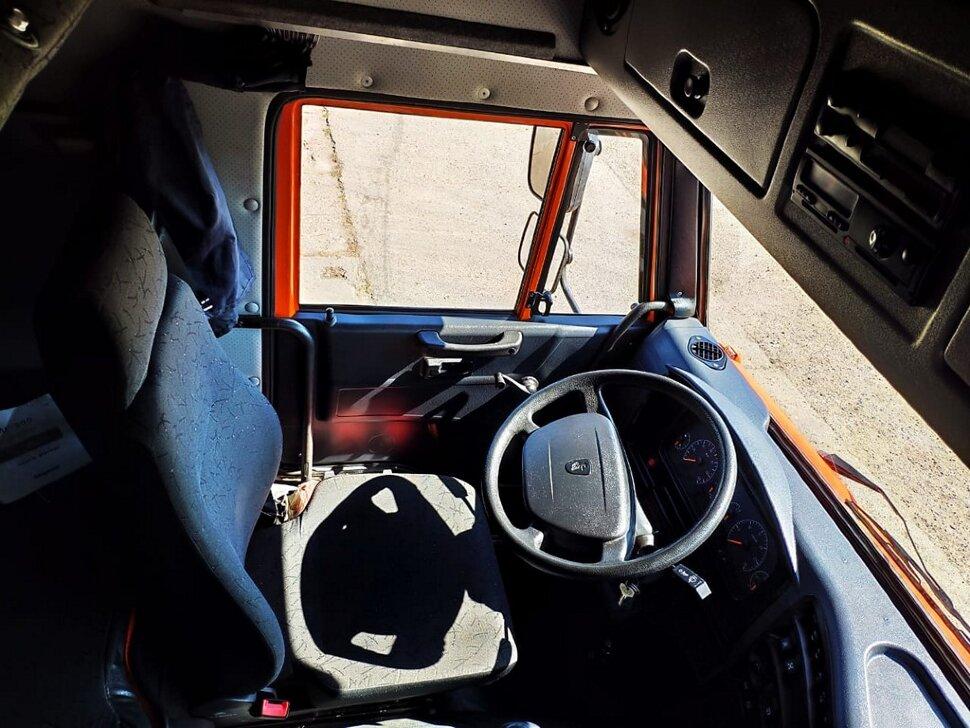 Седельный тягач КамАЗ 6460, 2015, оранжевый фото 7