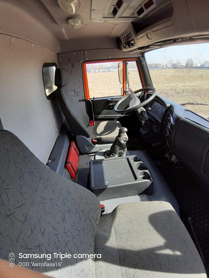 Самосвал КамАЗ 65222, 2015, оранжевый фото 10