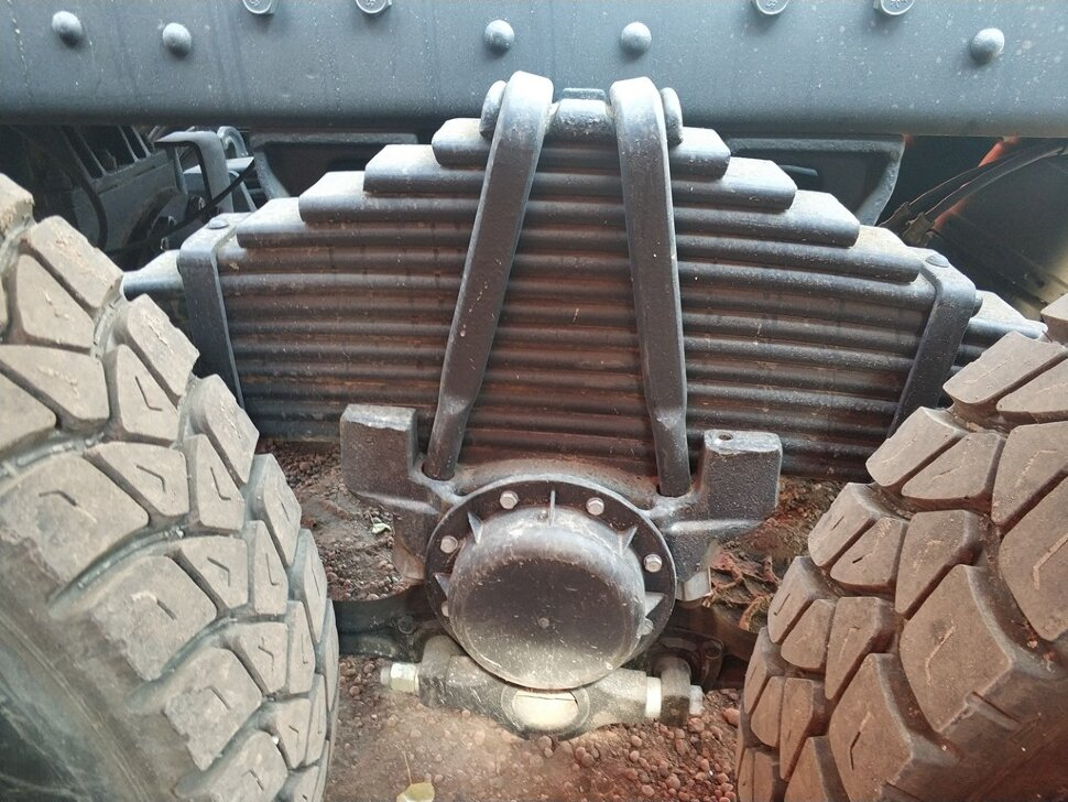 Сортиментовоз с ГМУ КамАЗ 6522, 2011, черный фото 15