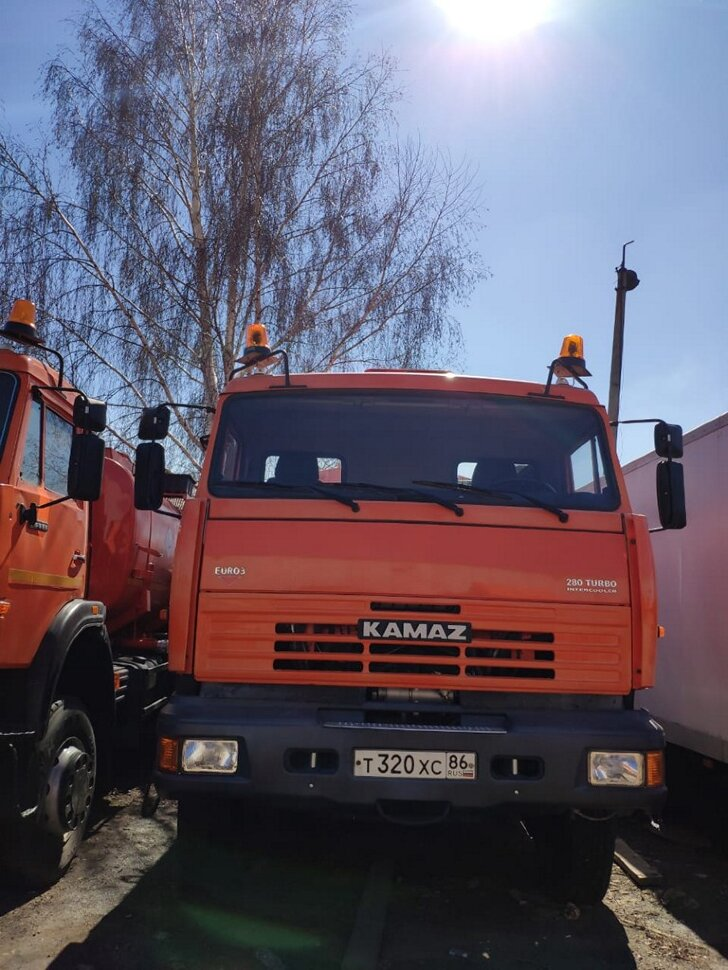 Автоцистерна бензовоз КамАЗ 65111, 2014, оранжевый фото 7