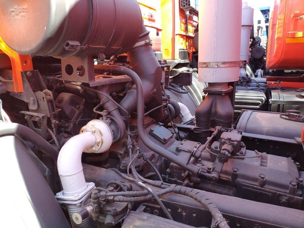 Автоцистерна бензовоз КамАЗ 65111, 2014, оранжевый фото 8