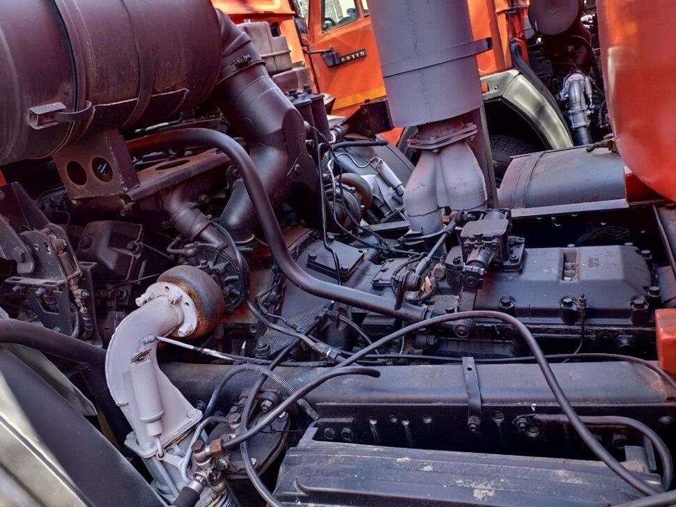 Автоцистерна бензовоз КамАЗ 65111, 2014, оранжевый фото 13