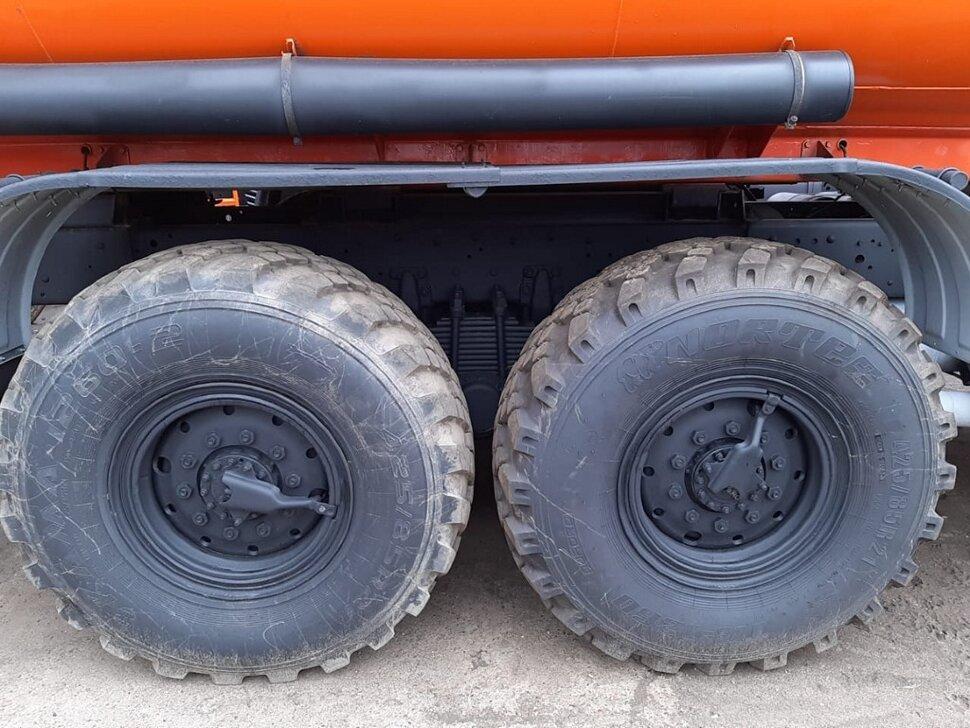 Автотопливозаправщик КамАЗ 43118, 2013, оранжевый фото 8