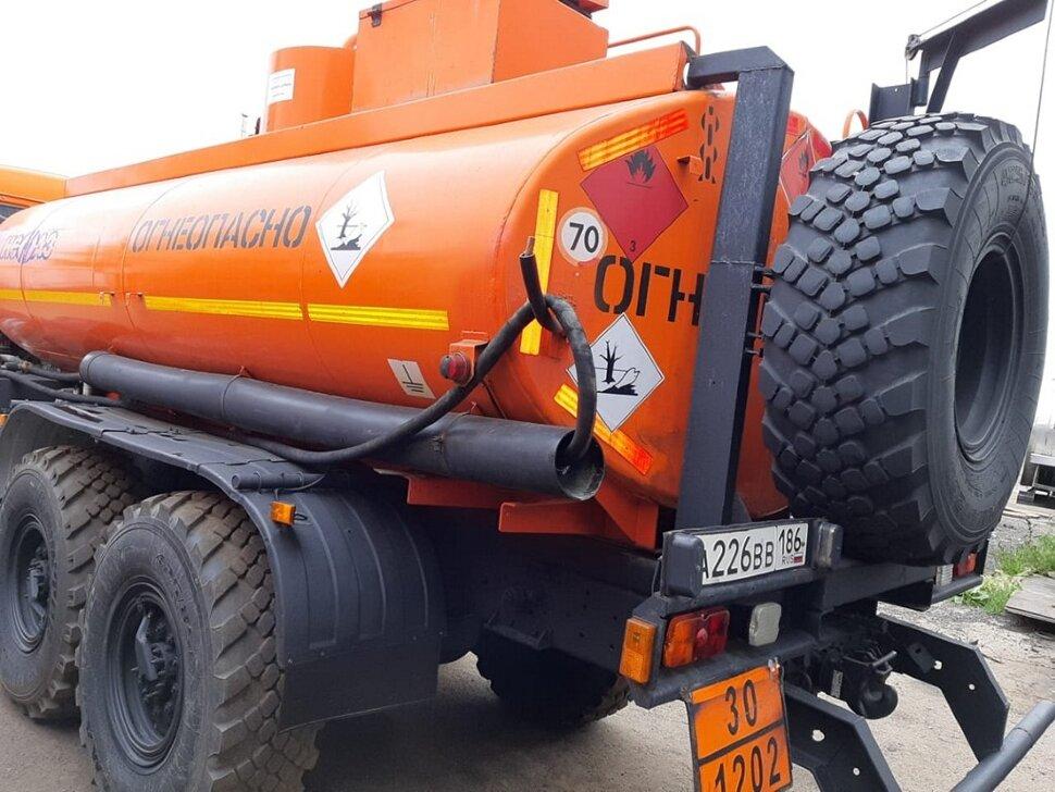 Автотопливозаправщик КамАЗ 43118, 2013, оранжевый фото 4