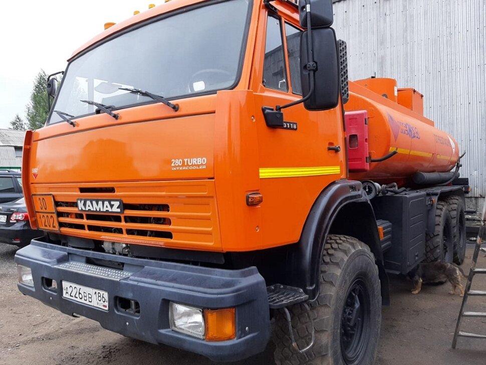 Автотопливозаправщик КамАЗ 43118, 2013, оранжевый фото 1