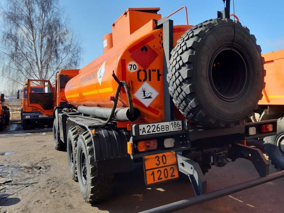 Автотопливозаправщик КамАЗ 43118, 2013, оранжевый фото 5