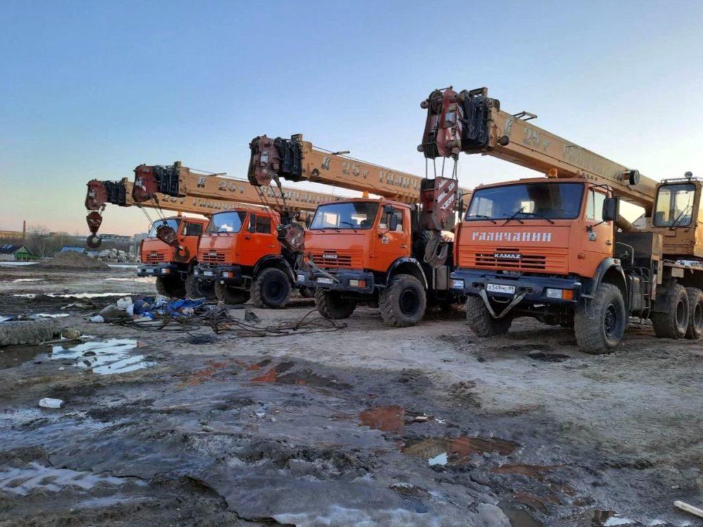 Автокран КамАЗ 43118 Галичанин 25т, 2011, оранжевый фото 7