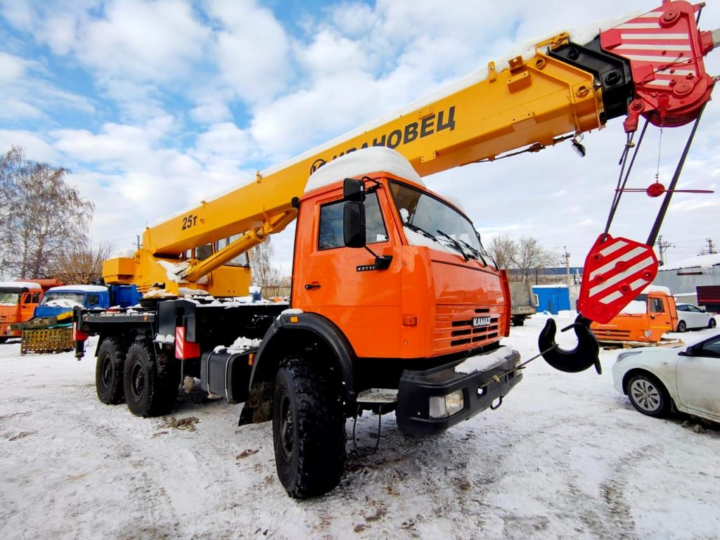 Автокран КамАЗ 43118 Ивановец 25т, 2012, оранжевый фото 0