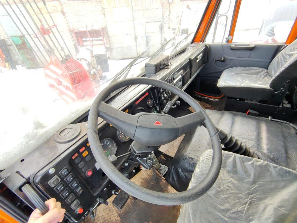 Автокран КамАЗ 43118 Ивановец 25т, 2012, оранжевый фото 2