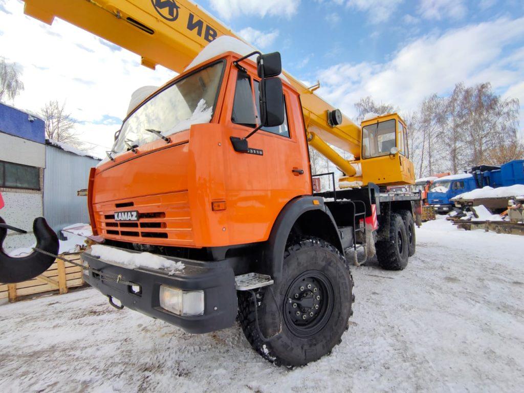 Автокран КамАЗ 43118 Ивановец 25т, 2012, оранжевый фото 7